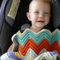 Chevron Love Car Seat Blanket - Free Pattern Friday