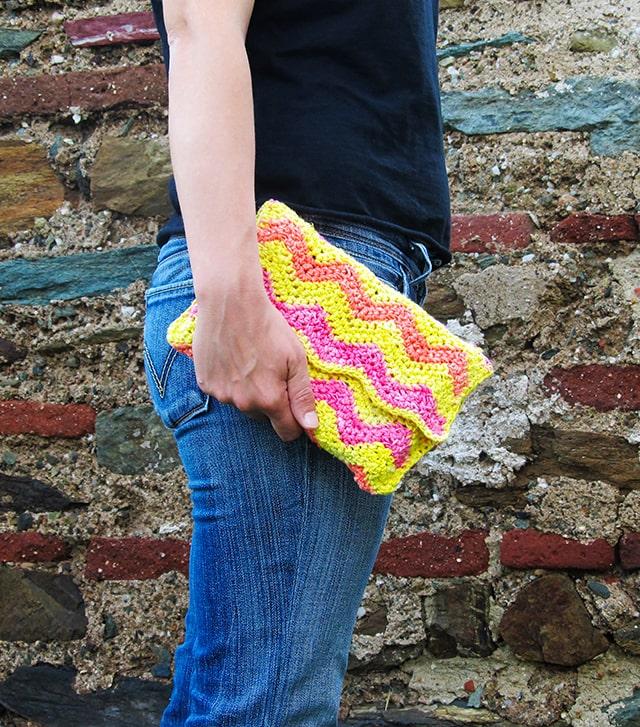 Ripple Clutch Bag - Free Pattern Friday