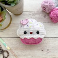 Cupcake Amigurumi - Free Pattern Friday