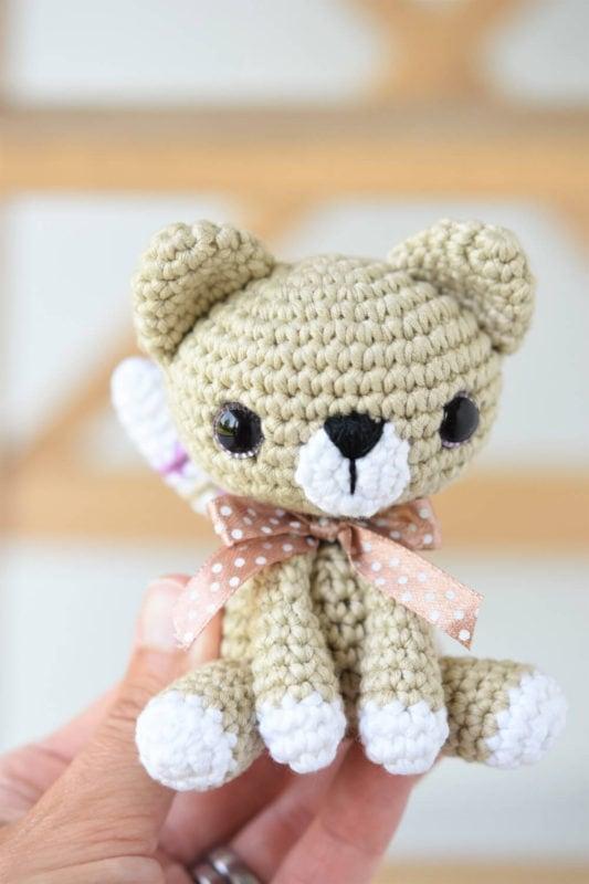 Little Kitty Amigurumi - Free Pattern Friday