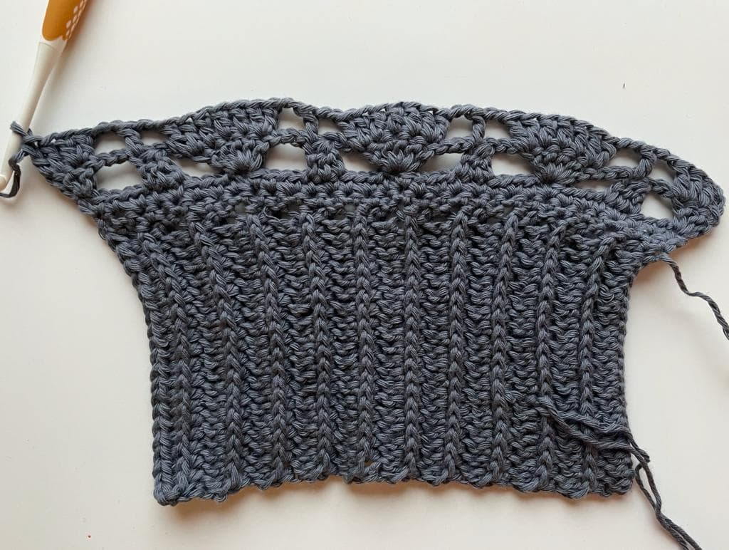 Sleeves 2 - No Name Sweater