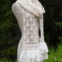 Crochet Lace Scarf with Flowers - Free Pattern Friday