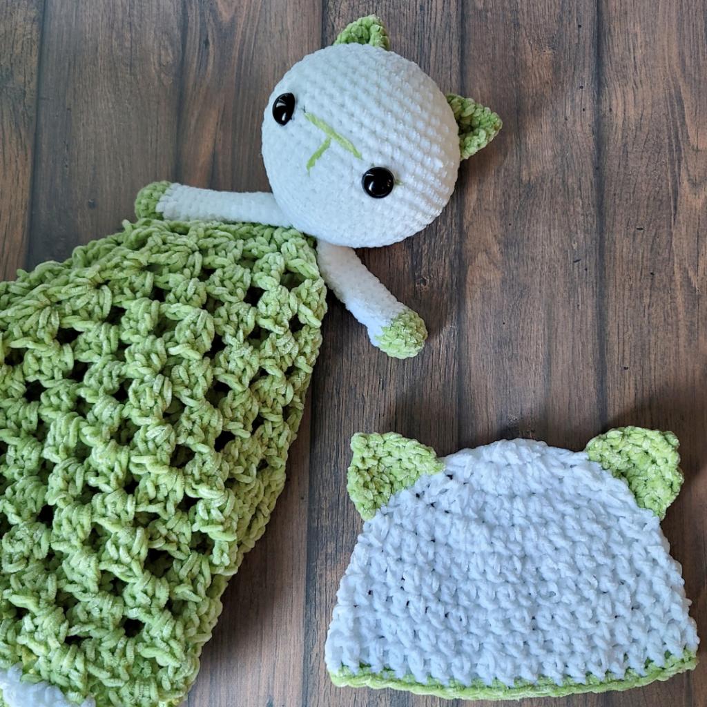 Kitten Newborn Baby Hat and Kitten Lovey Pattern