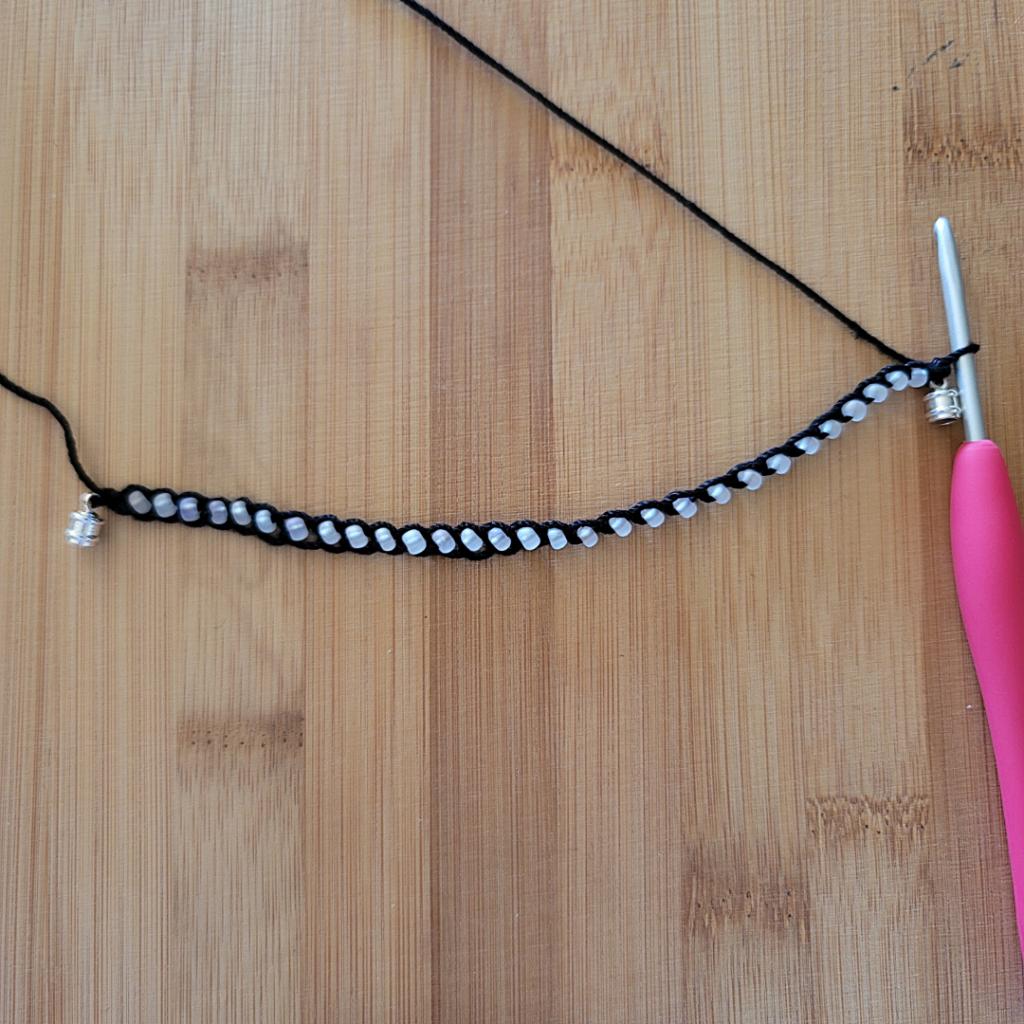 One Row Summer Bracelet Pattern 2021 - Oombawka Design Crochet