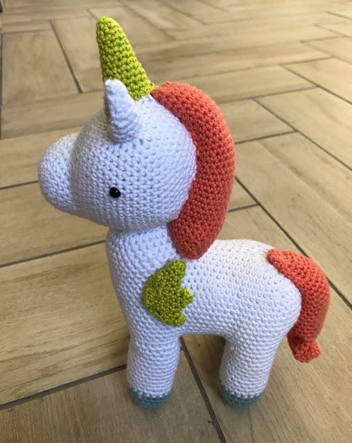 Robin Unicorn - Link Party 403