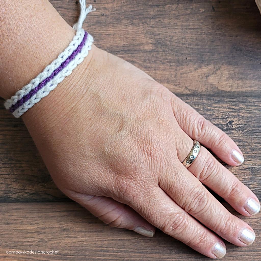 Scrap Yarn Summer Bracelet 2021