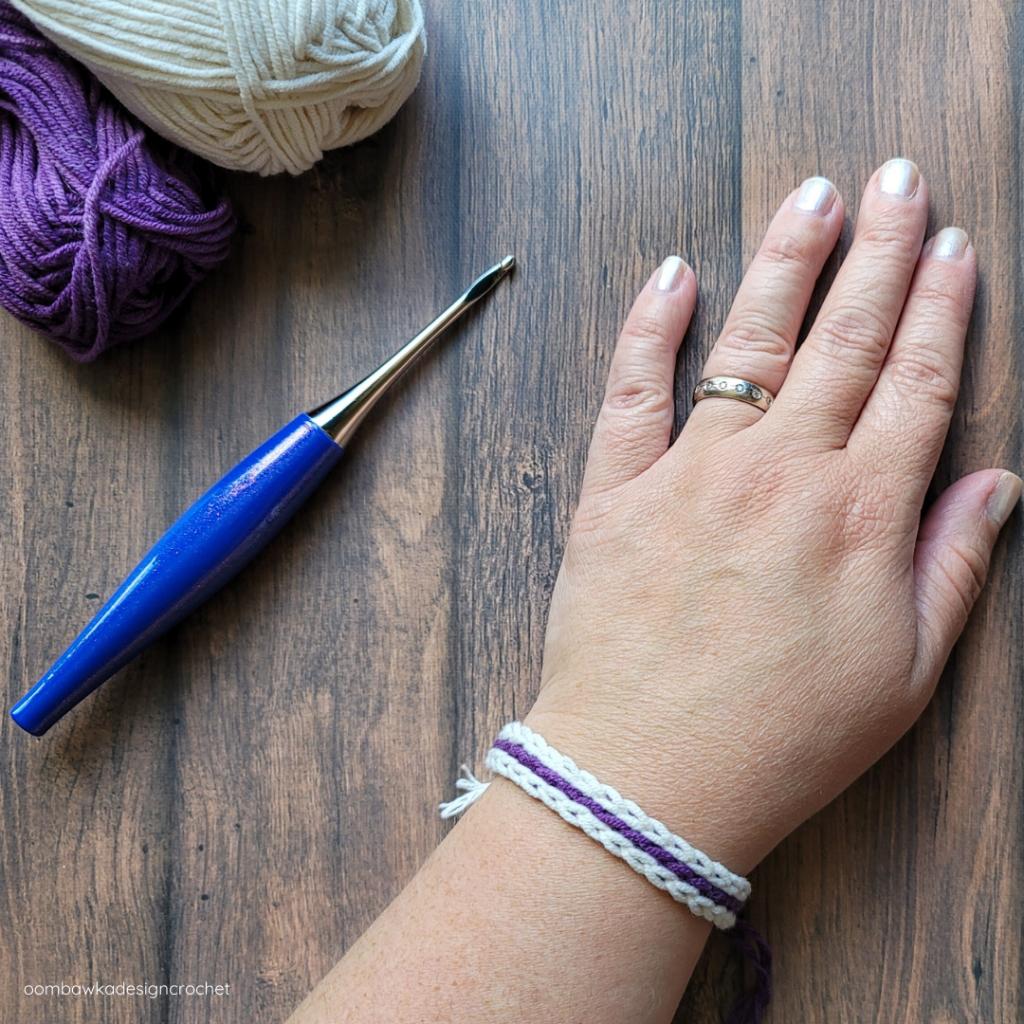 Scrap Yarn Summer Bracelet - Rhondda Mol