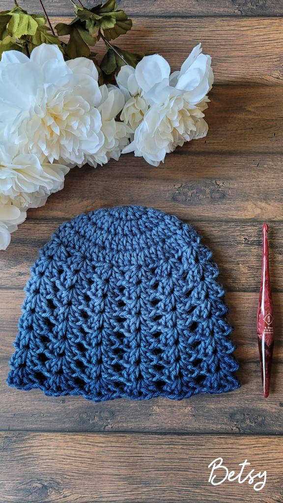 Betsy Hat Pattern - Rhondda Mol