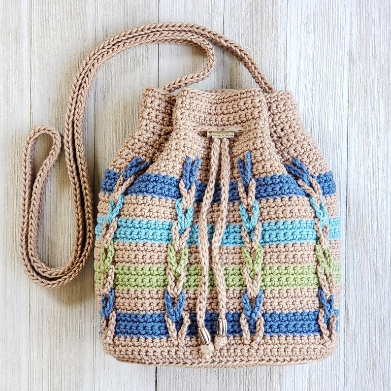 Chain Stripes Drawstring Bag Pattern