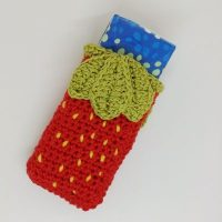 Link Party 406 - Strawberry Tissue Holder