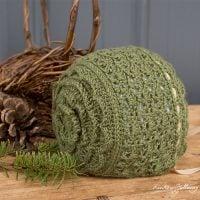 Rosemary Green Baby bonnet - Free Pattern Friday