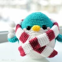 Snuggles the Penguin - Free Pattern Friday