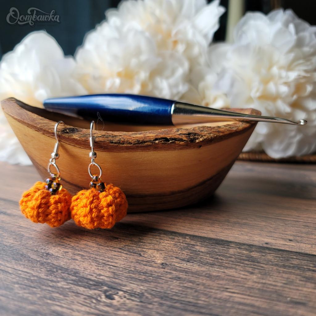 Little Pumpkin Earrings Crochet Pattern Oombawka
